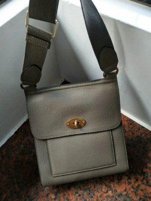 2018 Mulberry Small Antony Clay Classic Grain Leather