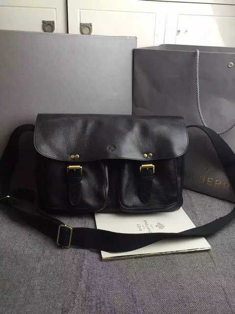 Classic Mulberry Men's Messenger Bag in Black Leather