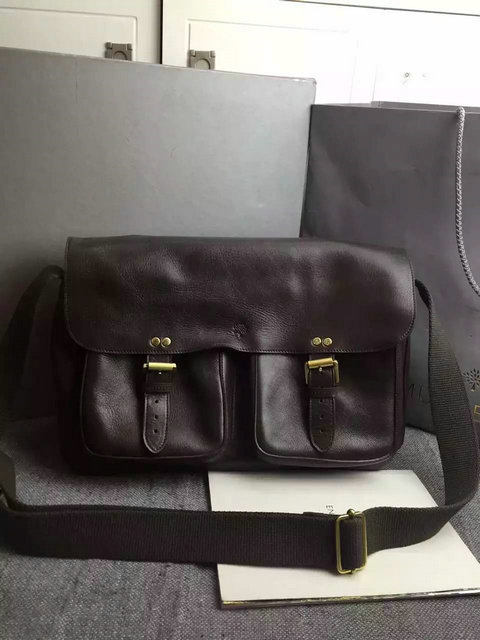 Classic Mulberry Men's Messenger Bag in Chocolate Leather
