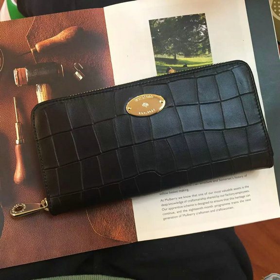 2016 Spring Mulberry Zip Around Wallet in Black Croc Leaher
