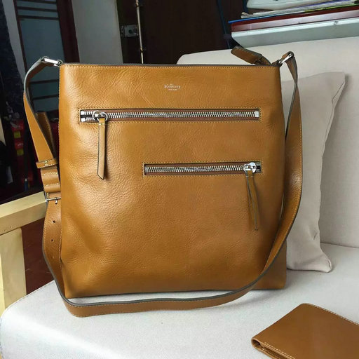 2016 F/W Mulberry Mens Top Zip Messenger Bag in Oak Leather